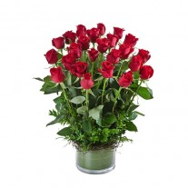 2 Dozen Long Stem Red Roses in Glass Vase