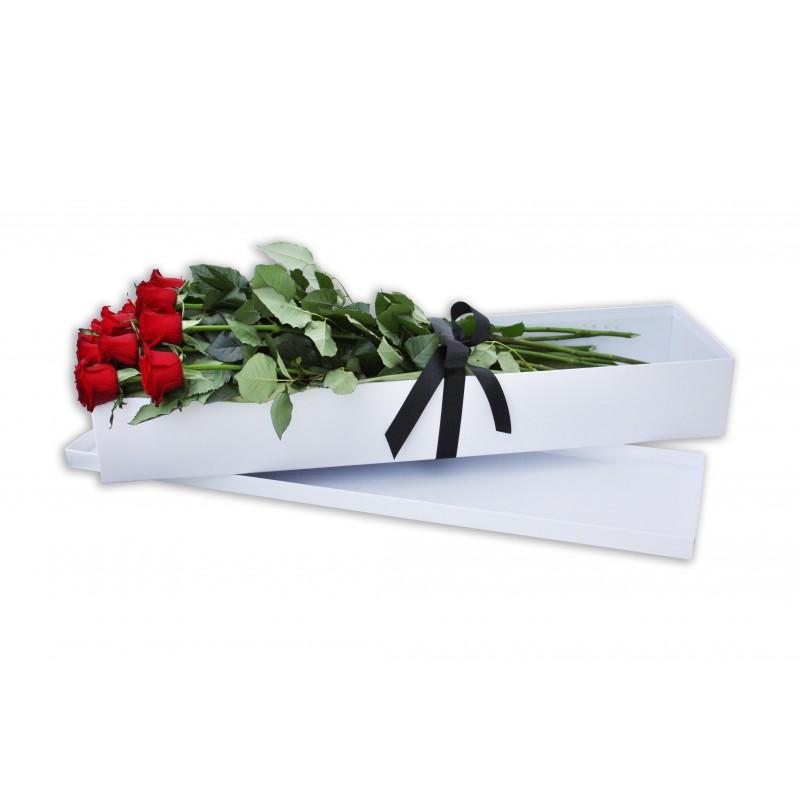 Dozen-Long-Stem-Red-Roses-Gift-Box-Perth-4