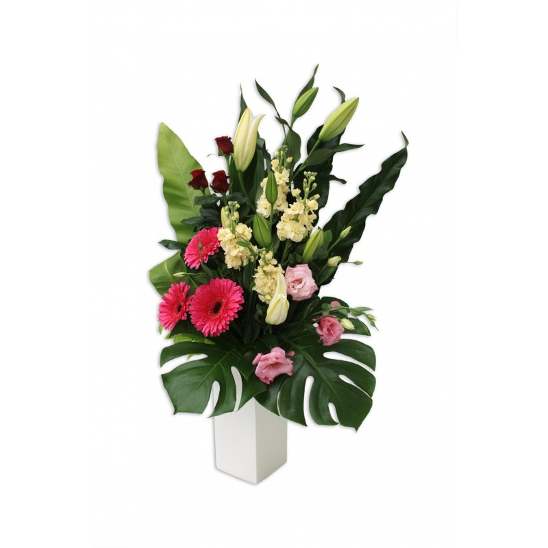 Pink-Elegance-Premium-Flower-Arrangement-Perth-2