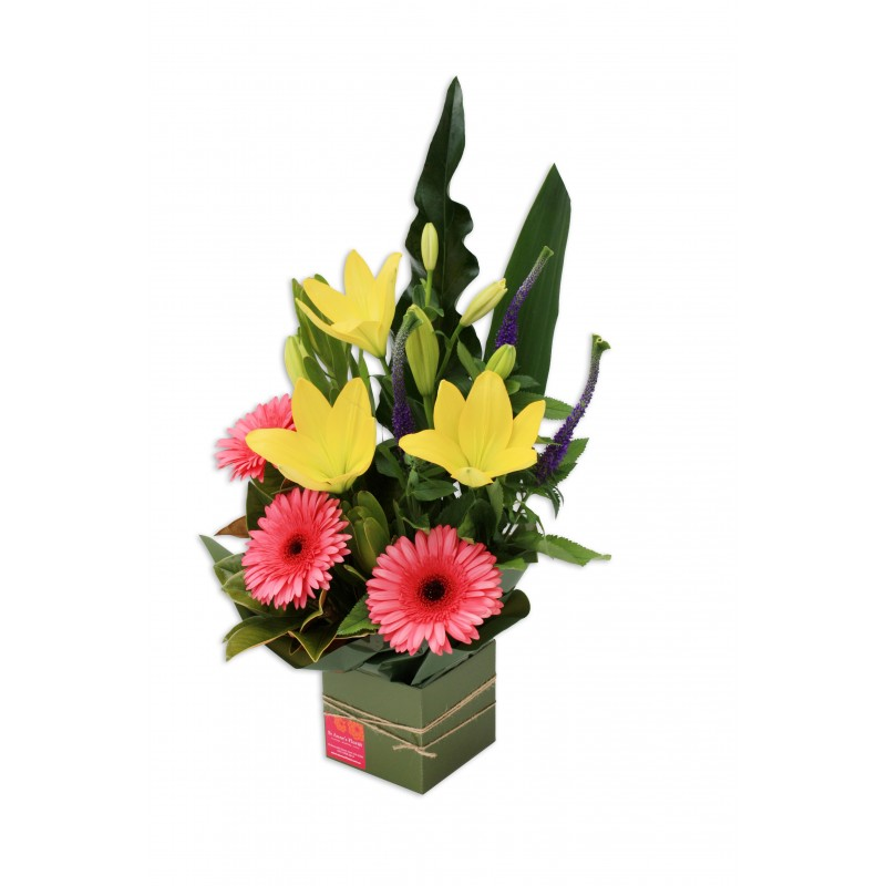medium-boxed-flower-arrangement-perth-3